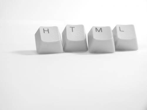 الفرق بين HTML ولغات البرمجة